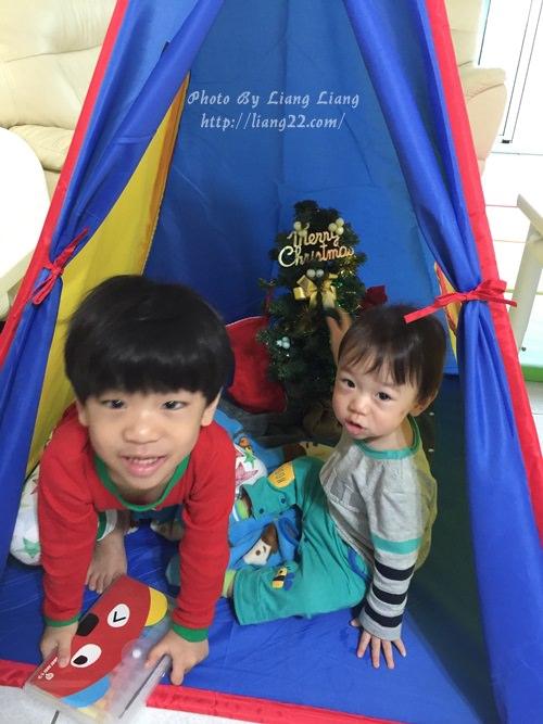YOYO(4Y1M)&Q比(1Y2M)♥一起的第二個聖誕節