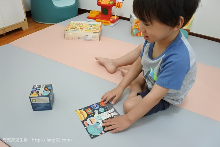 Q比私物(2Y8M)♥美國Petit Collage系列玩具拼圖‧可愛童話插畫風超吸晴