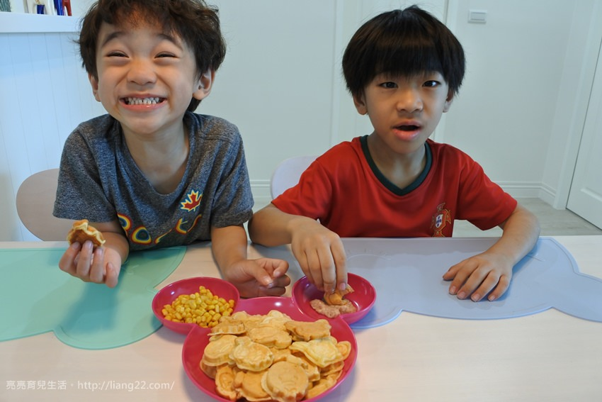 日本recolte 迪士尼 Tsum Tsum 微笑鬆餅機。大人小孩都著迷