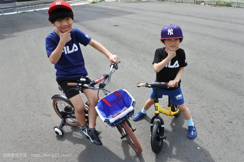 帥呆了!!!!我家兒子的第一台腳踏車~集結時尚與復古的英國London Taxi KickBike 兒童腳踏車&幼兒滑步平衡車