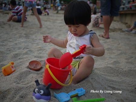 【台南親子玩】一起帶寶貝玩沙趣‧台南安平人工沙灘