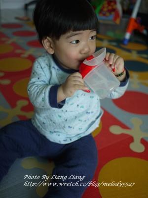小小亮副食品用具♥五款喝水杯分享