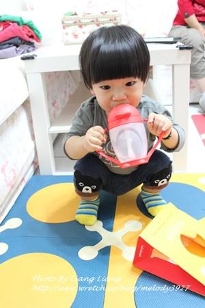 小小亮(1Y4M)副食品用具♥造型吸晴不撞杯‧Lollacup小雞喝水杯