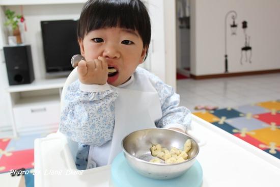 小小亮副食品用具♥好好用餐具分享—叉湯篇
